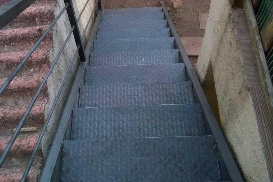 SUD METAL DESIGN | Ferronnerie Métallerie Extérieure Escalier métallique